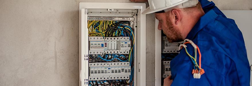 artisan electricien